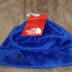 Boys North face hat